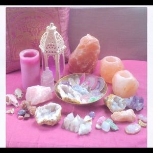 Accessories - Crystals and candles